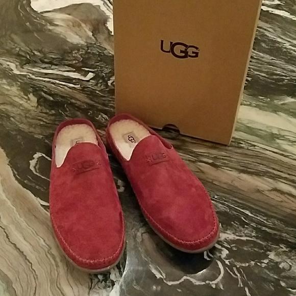 d2a2f638e24 UGG Tamara Slippers in Garnet Red NWT